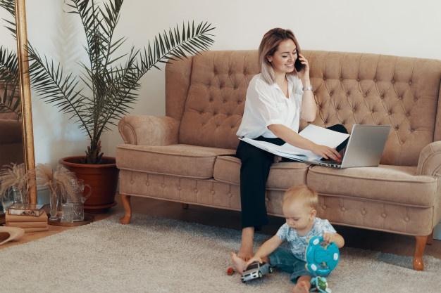 ทำการแจ้งครอบครัวเรื่องการทำงานที่บ้าน เพื่อลดการรบกวน
