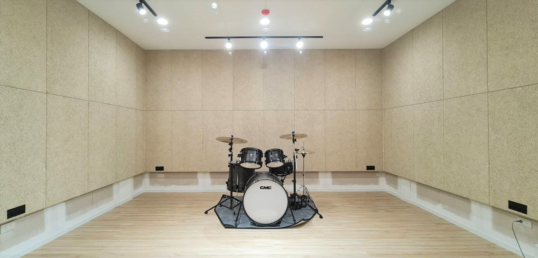 ห้องซ้อมดนตรีสไตล์ลอฟ DIYในแบบที่เป็นตัวคุณ ด้วย Trandar Heradesign