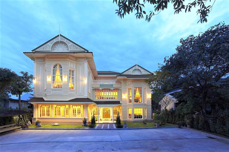 "Sala Sudasiri Sobha ศาลาสุทธสิริโสภา หอแสดงของบ้าน ""ณัฐ ยนตรรักษ์ "" สถาปัยกรรมแห่งเสียงดนตรีที่น่าหลงใหล"